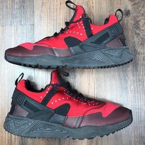 Nike Air Huarache Utility Red Size 8